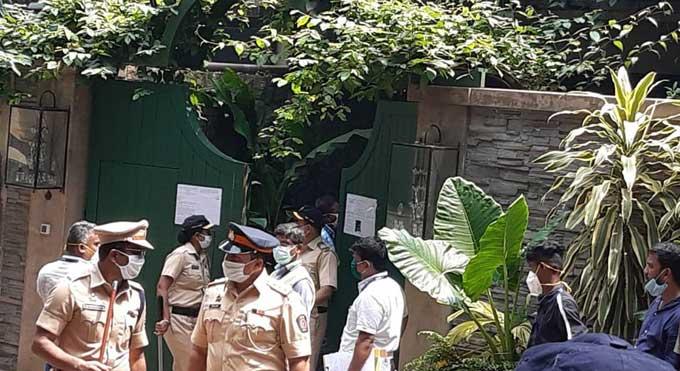 Kangana-Ranaut-petition-against-demolition
