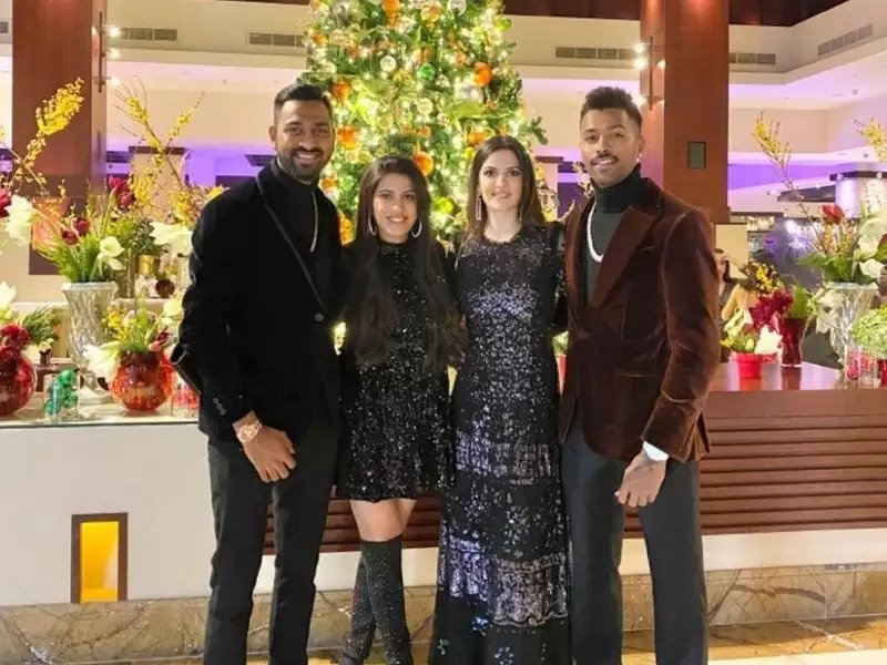 Hardik Pandya turns 27