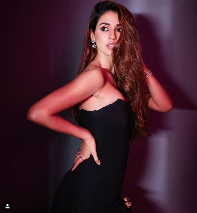 Disha Patani Hot looks in Black Dress