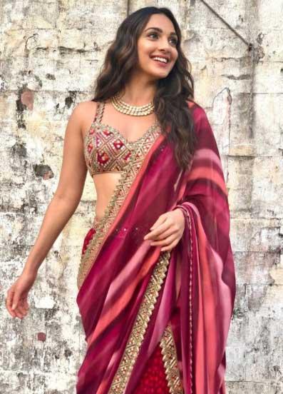 Kiara Advani in Saree Hot Look