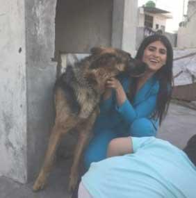Rubika Liyaquat with her Pet Dog Romeo