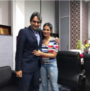 Rubika Liyaquat with Sudhir Chaudhary