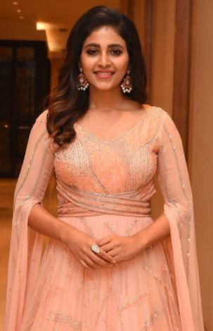 Hottest-Anjali