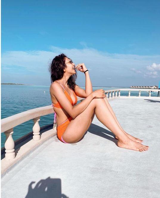 rakul-preet-singh-bikini-pics