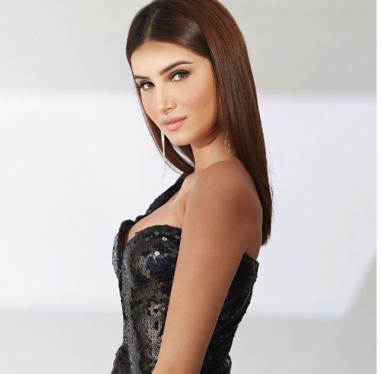 tara-sutaria-hot-sexy-pic