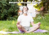 Benefits of Gayatri Mantra: Importance in Detail
